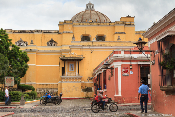 The two most popular colors in Antigua Guatemala